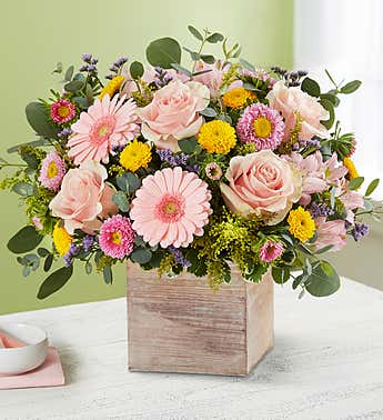Spring Sentiment™ Bouquet